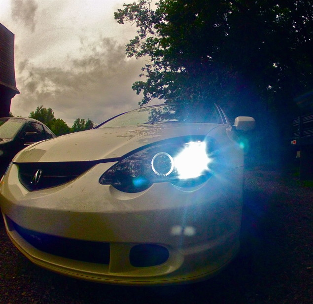 my 02 rsx type s pearl white with 8000k hid u0026 39 s