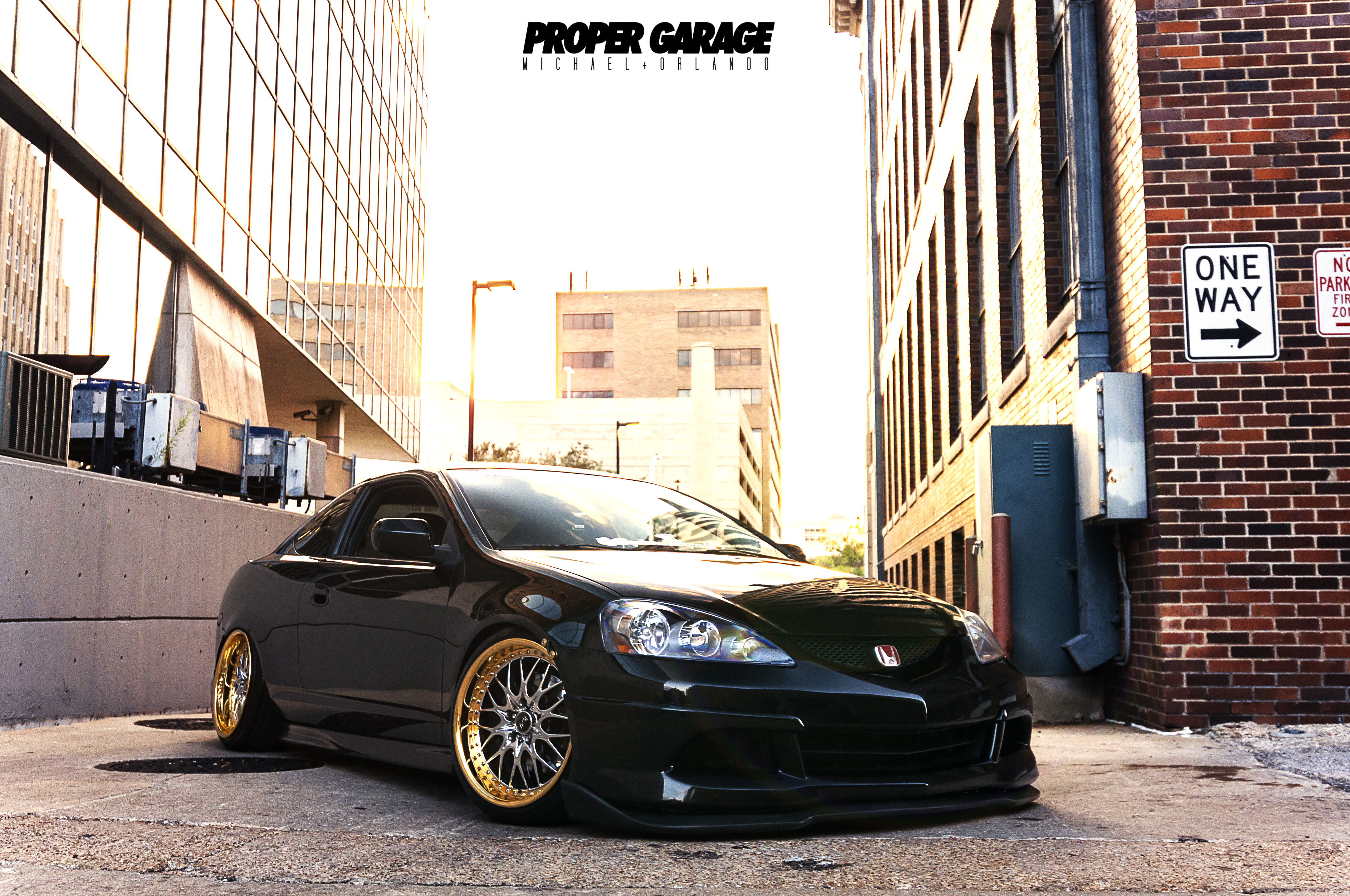 Blac With Gold Rims Acura Rsx Type S