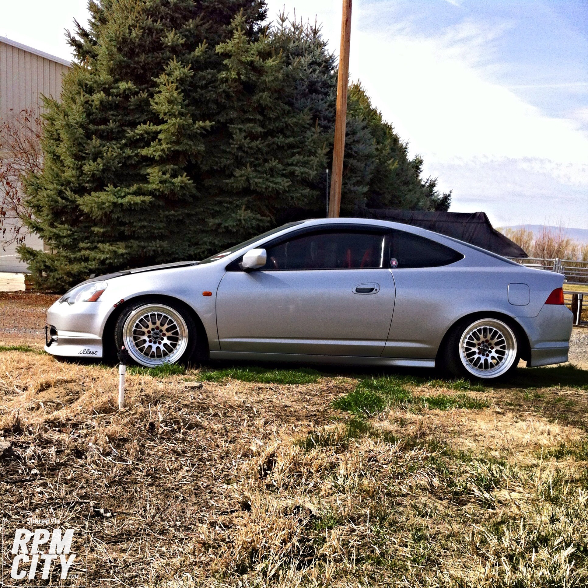 LOW AND CLEAN 2002 Acura RSX Type S