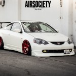 [Listing] : white-rsx-red-rims